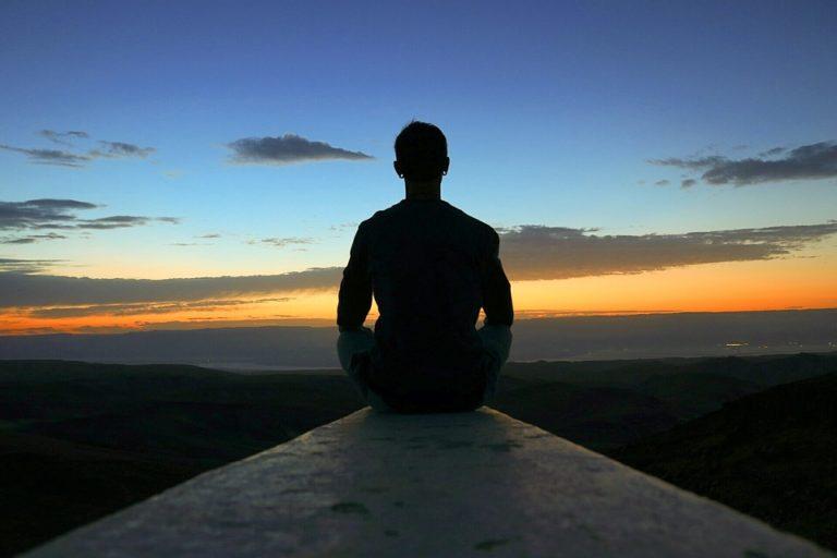 7 benefici del praticare Yoga