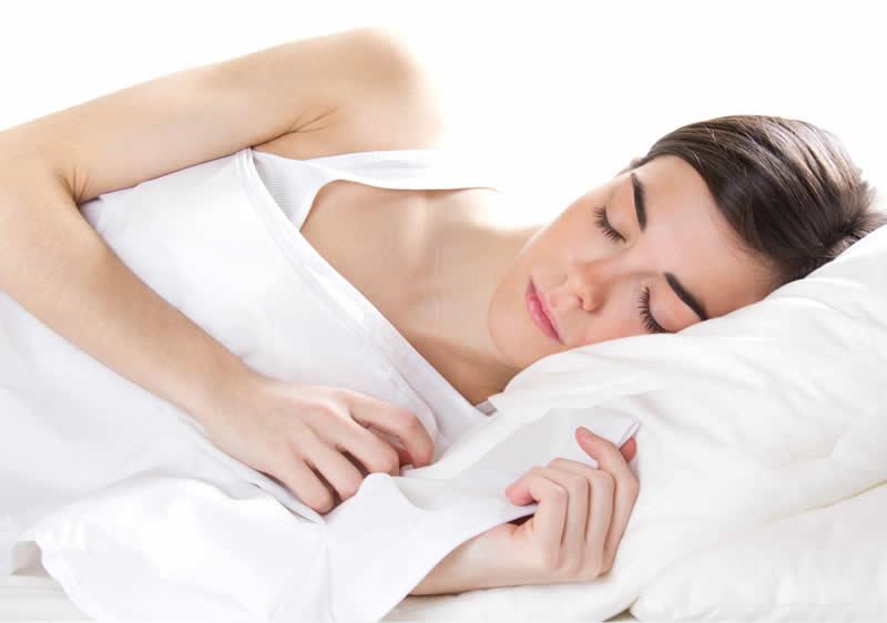 Riposare bene la notte con lo Yoga