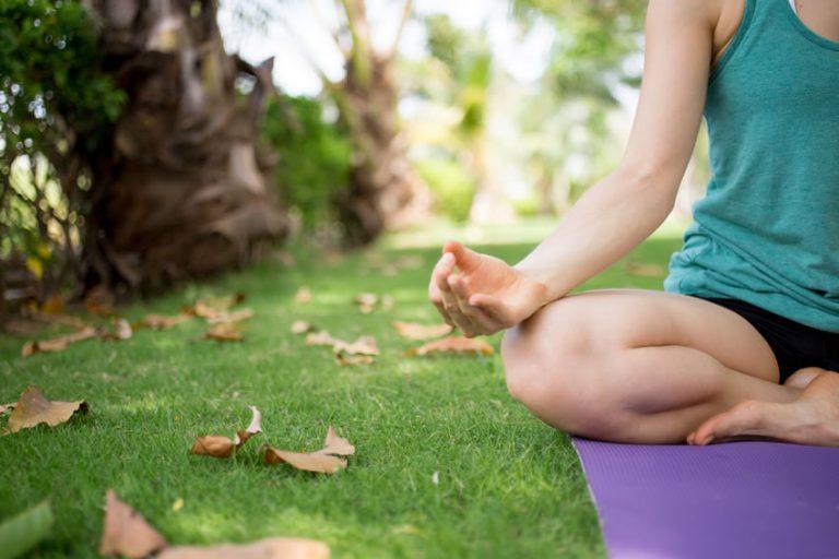 Lo Yoga e i cambi di stagione: le sequenze per l'autunno